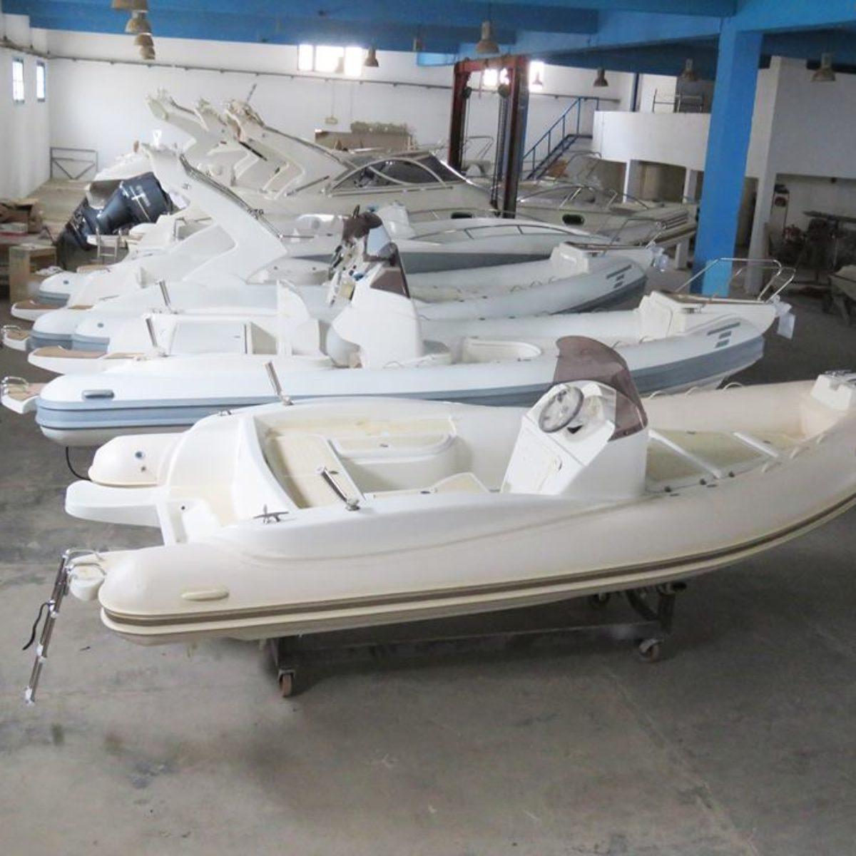 Universal Marine Business
